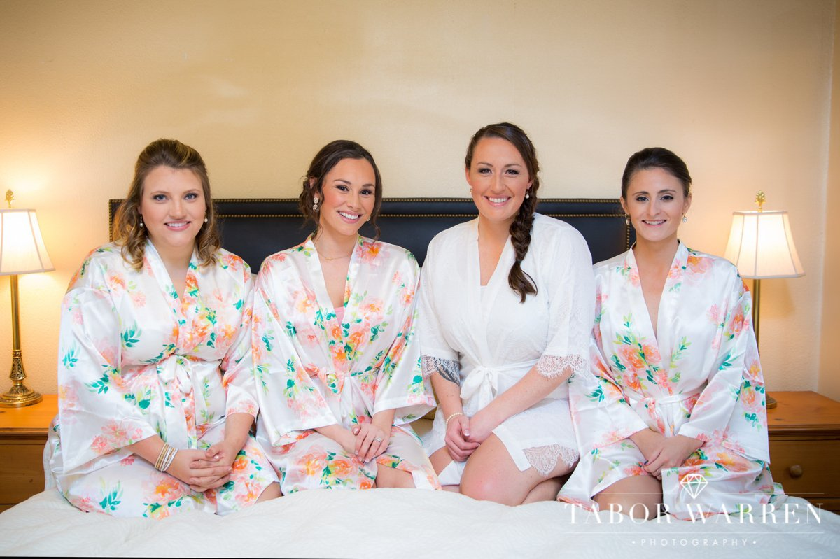 meadowlake-ranch-bridesmaid-photography.jpg